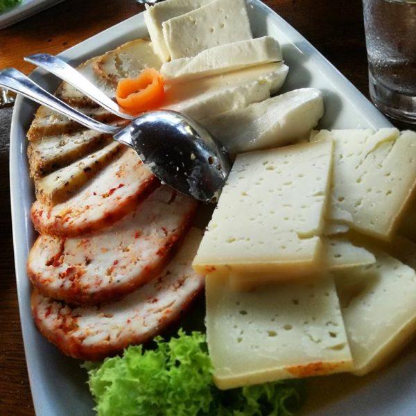 Ливањски сир